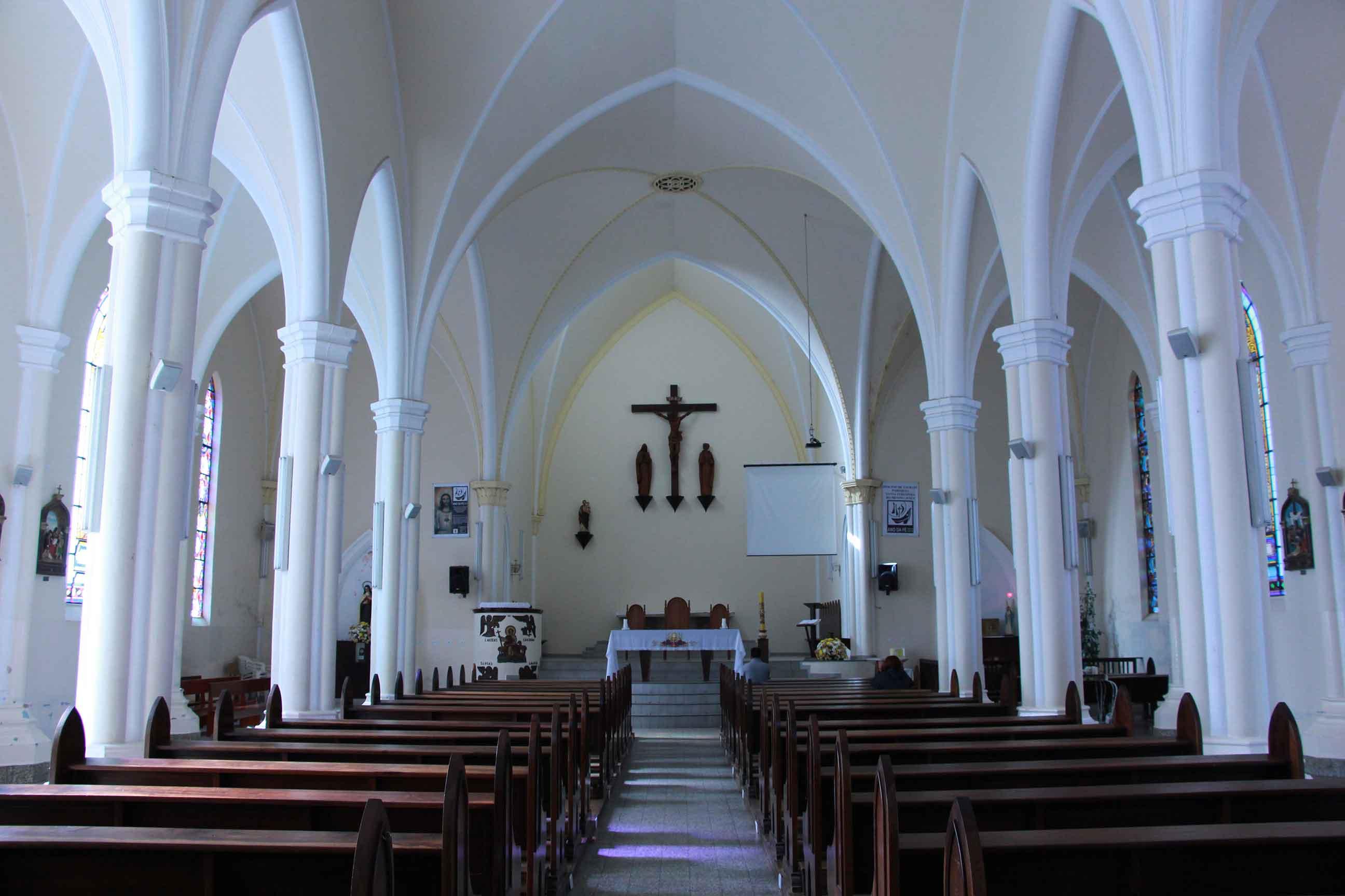 Igreja Matriz Santa Teresinha-Campos-do-Jordao-Turismo-Religioso-Igreja-Santa-Terezinha-Matriz-IMG_0439-bx