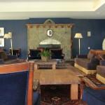 Campos-do-Jordao-Turismo-Hotel-Vila-Inglesa-sala-lareira-IMG_1789