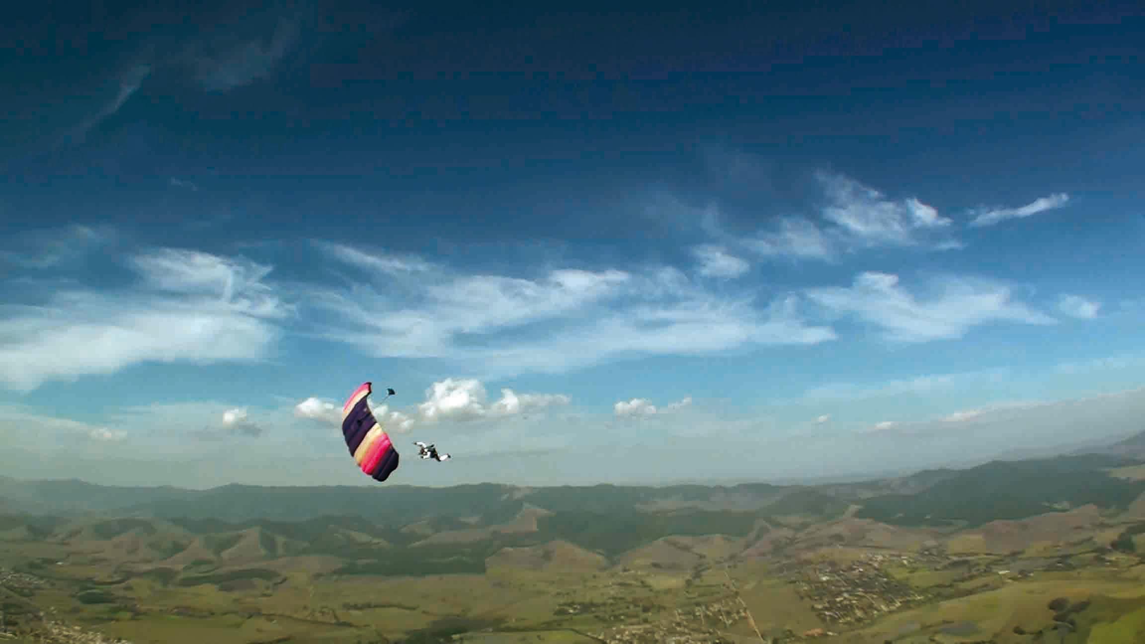Pindamonhangaba-Esporte-Paraquedismo-Radicais-Livres-1-bx