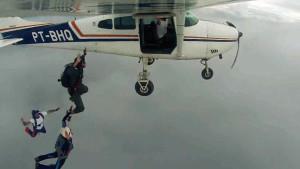 Pindamonhangaba-Esporte-Paraquedismo-Radicais-Livres-2-bx