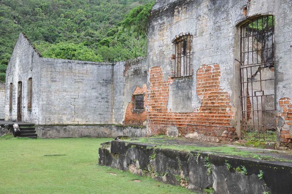 Ubatuba-historia-ilha-anchieta-DSC_0320-bx