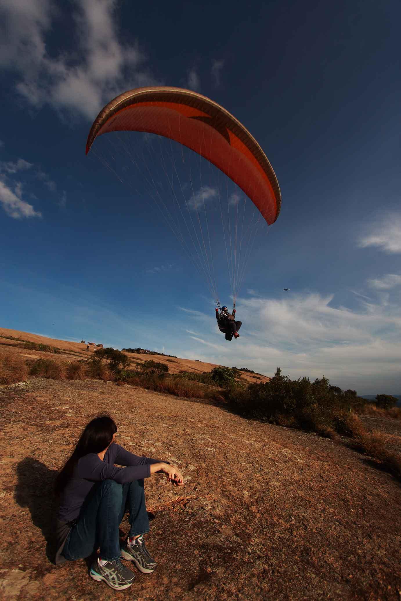 Marcio-Masulino-Atibaia-Pedra-Grande-paraglider-IMG_0372-bx