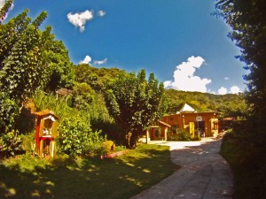 Extrema-Turismo-Religioso-Templo-Ecumenico-Arcanjo-Miguel-bx
