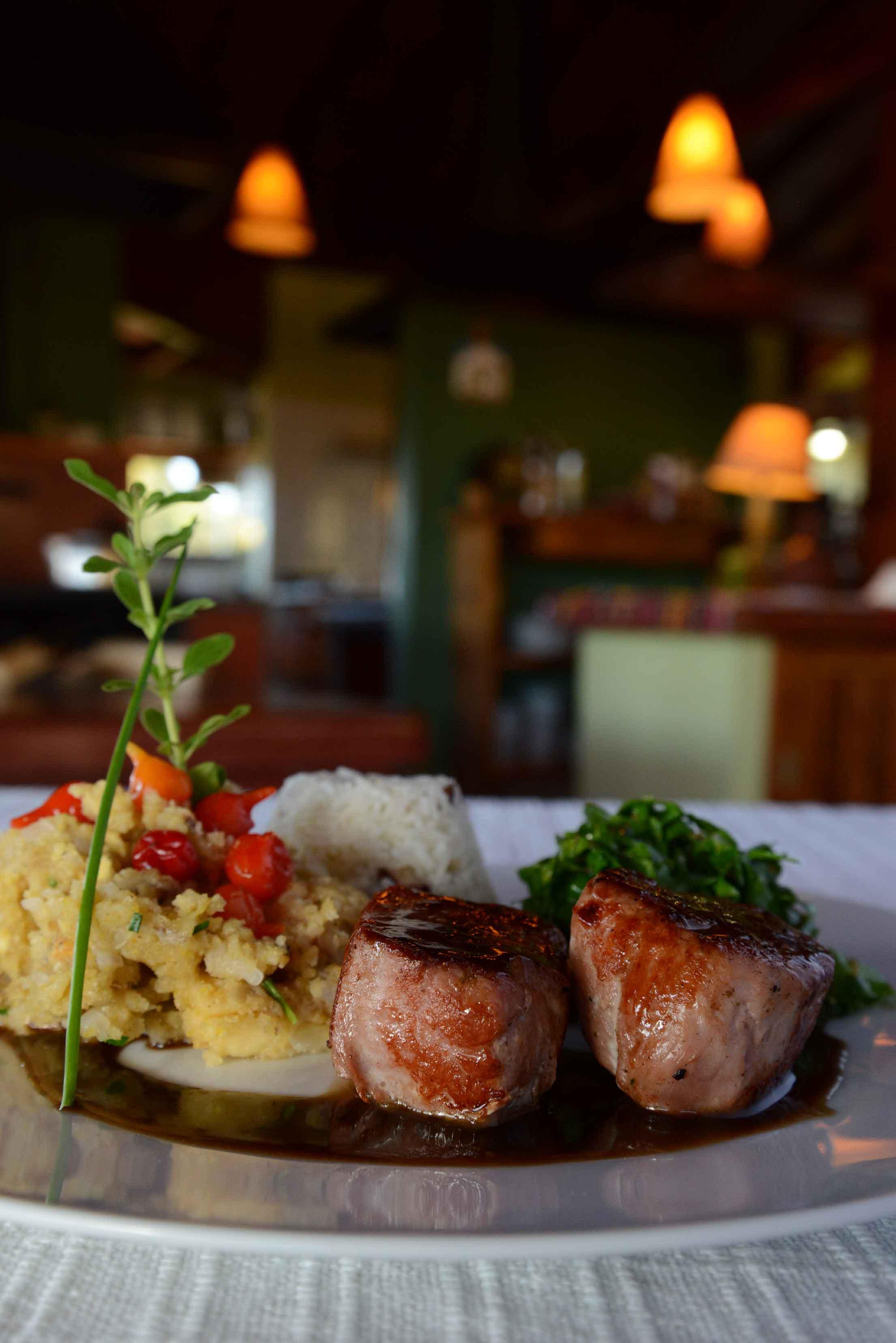 Goncalves-Gastronomia-Restaurante-Saua-Bicho-do-Mato-Roberto-Torrubia-bx