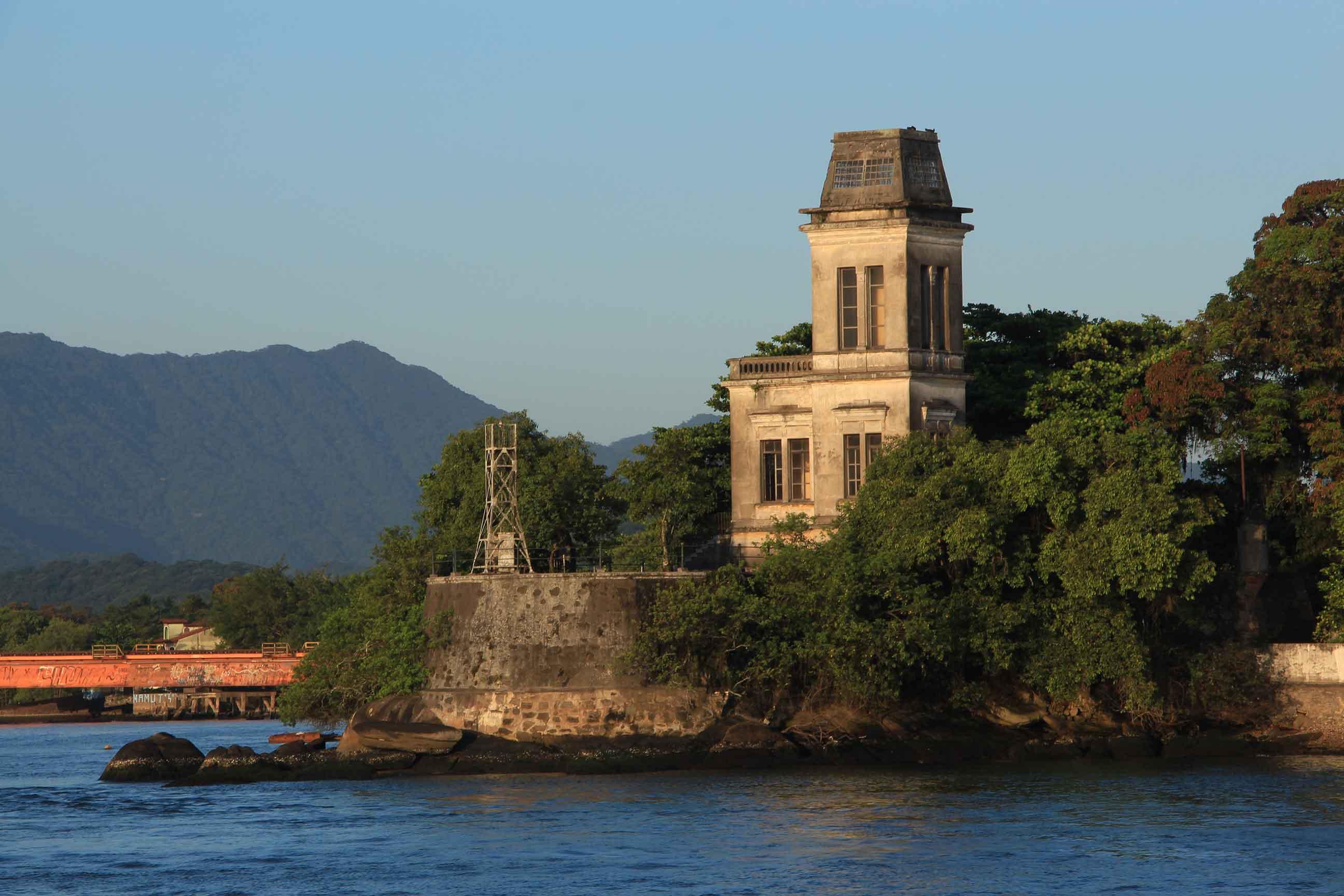 Fortalezas de Santos: proteção contra os constantes ataques