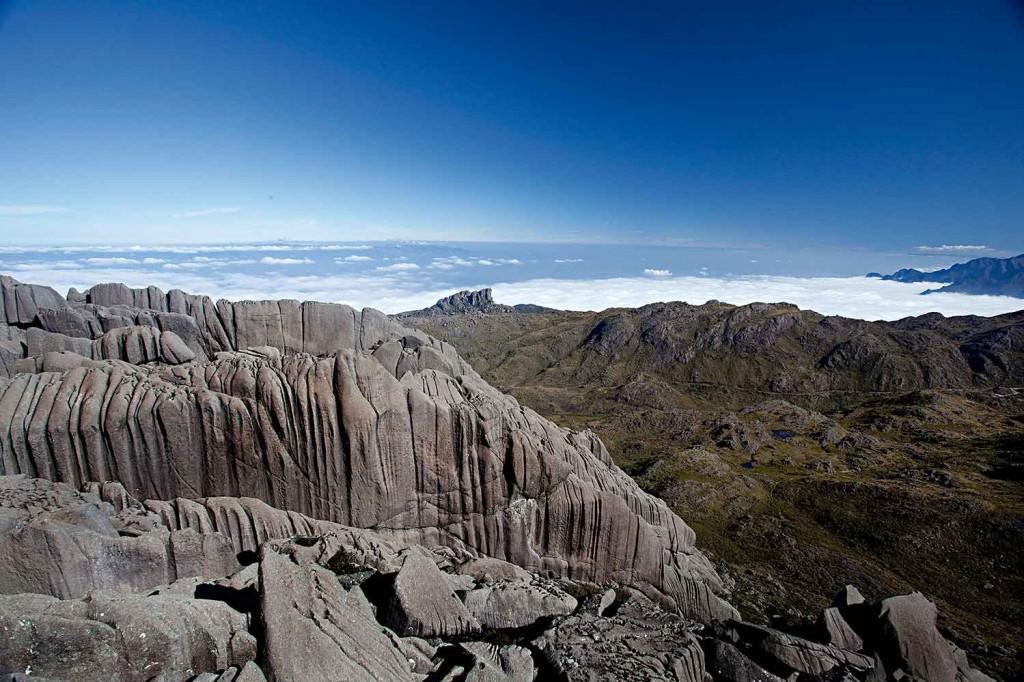 Itatiaia-Meio-Ambiente-Parque-Nacional-pico-Ricardo-Martins-bx