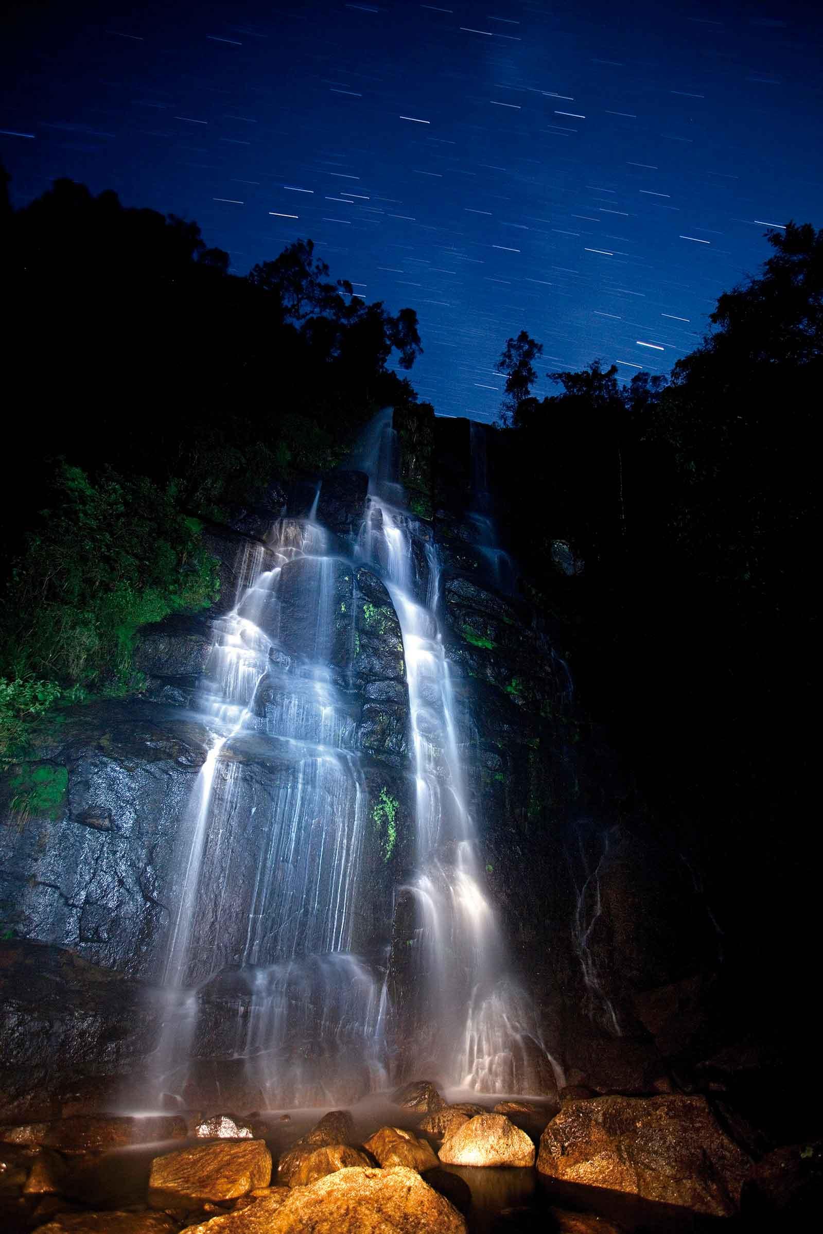 Itatiaia-Parque-Nacional-Meio-Ambiente-cachoeira-ricardo-martins-bx