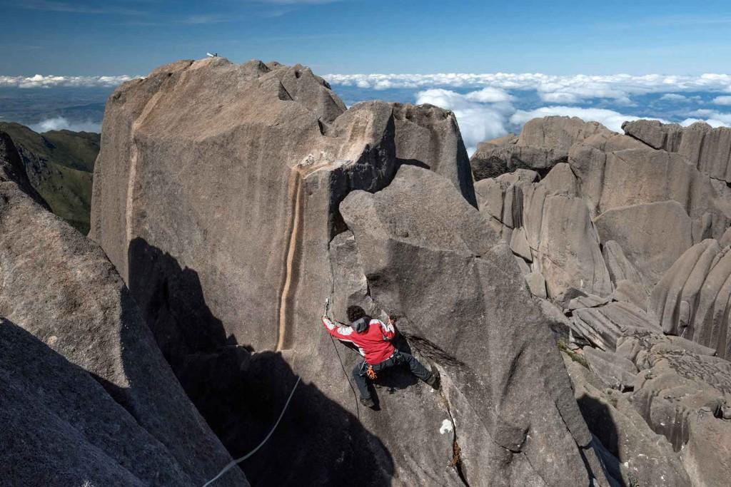 Itatiaia-parque-nacional-esporte-montanhismo-Andre-Dib-bx