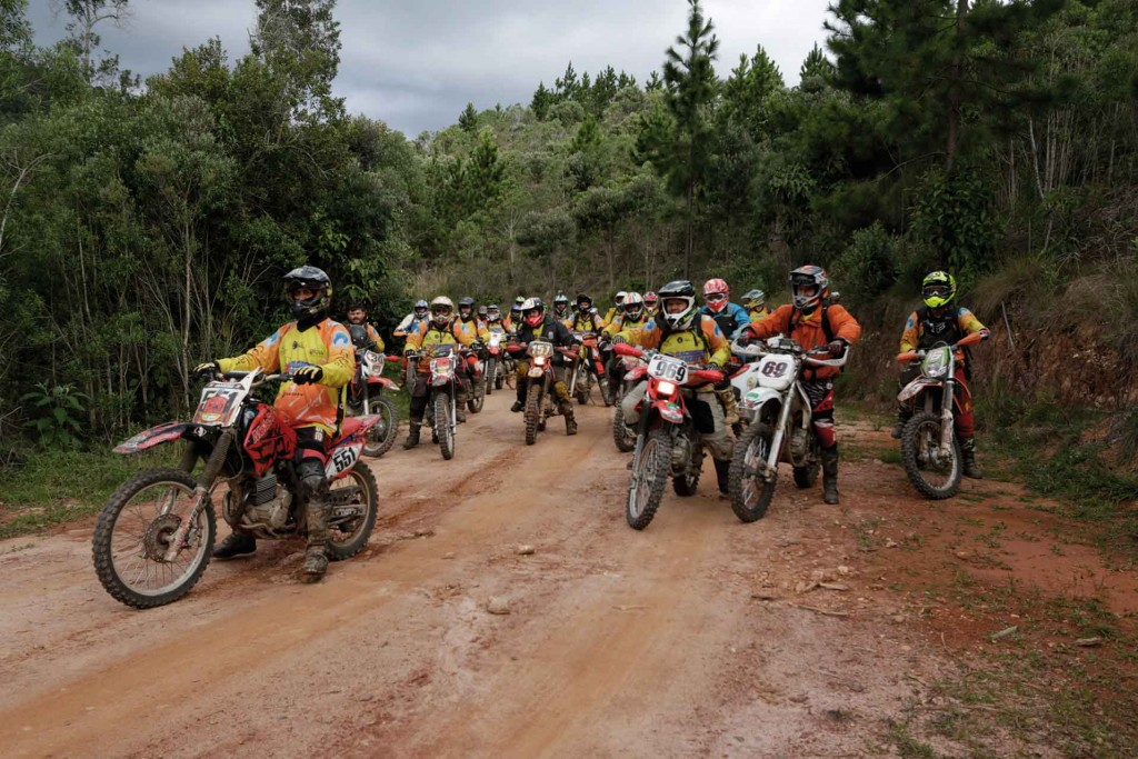 Mantiqueira-Esportes-Motocross-bx