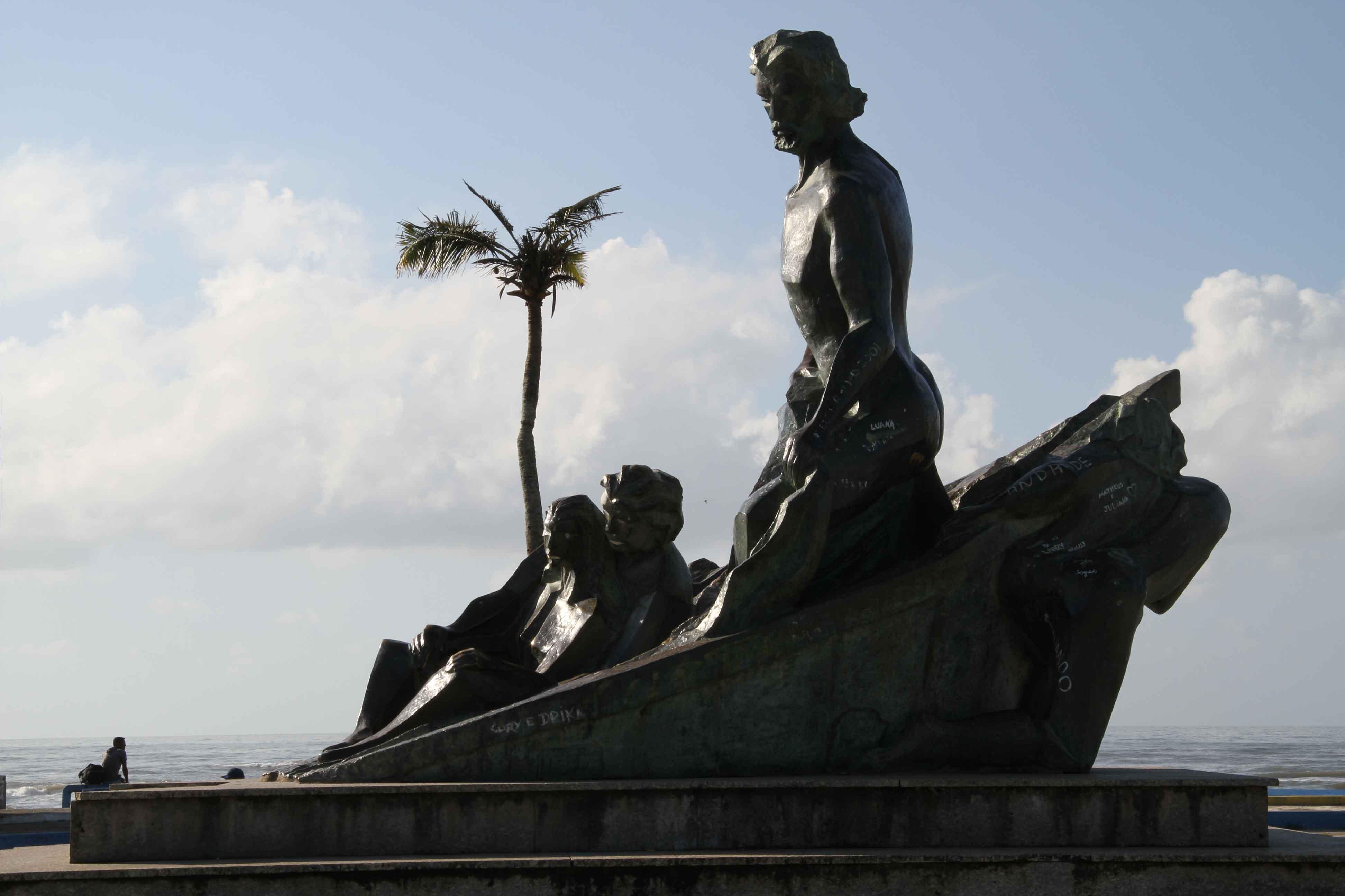 Mongagua-Turismo-Monumento-ao-Pescador-bx