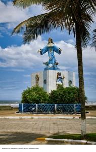 Mongagua-Turismo-Religioso-Monumento-a-Iemanja-ft-Ken Chu-bx