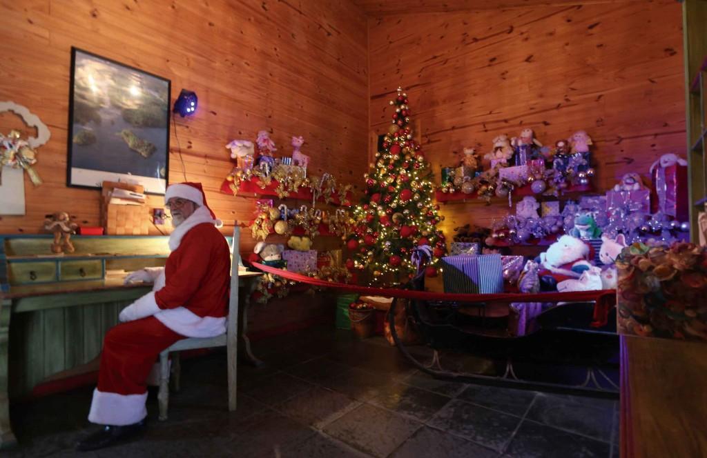 Casa Oficial do Papai Noel-Penedo-Turismo-bx