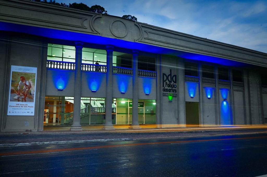 Palácio das Artes-Praia-Grande-Arquitetura-ft-Elias-Gomes-bx
