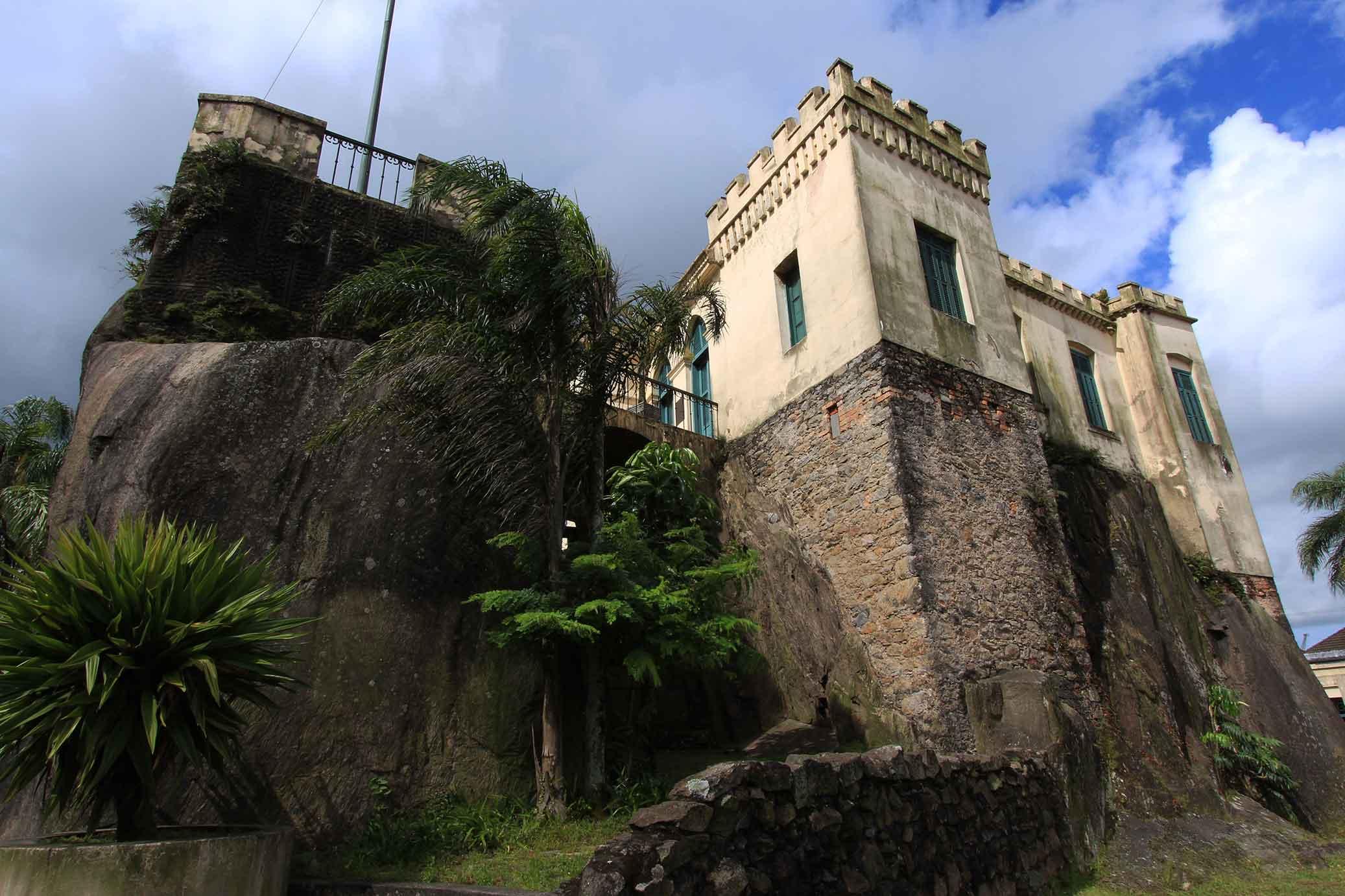 Casa acastelada no Outeiro de Santa Catharina