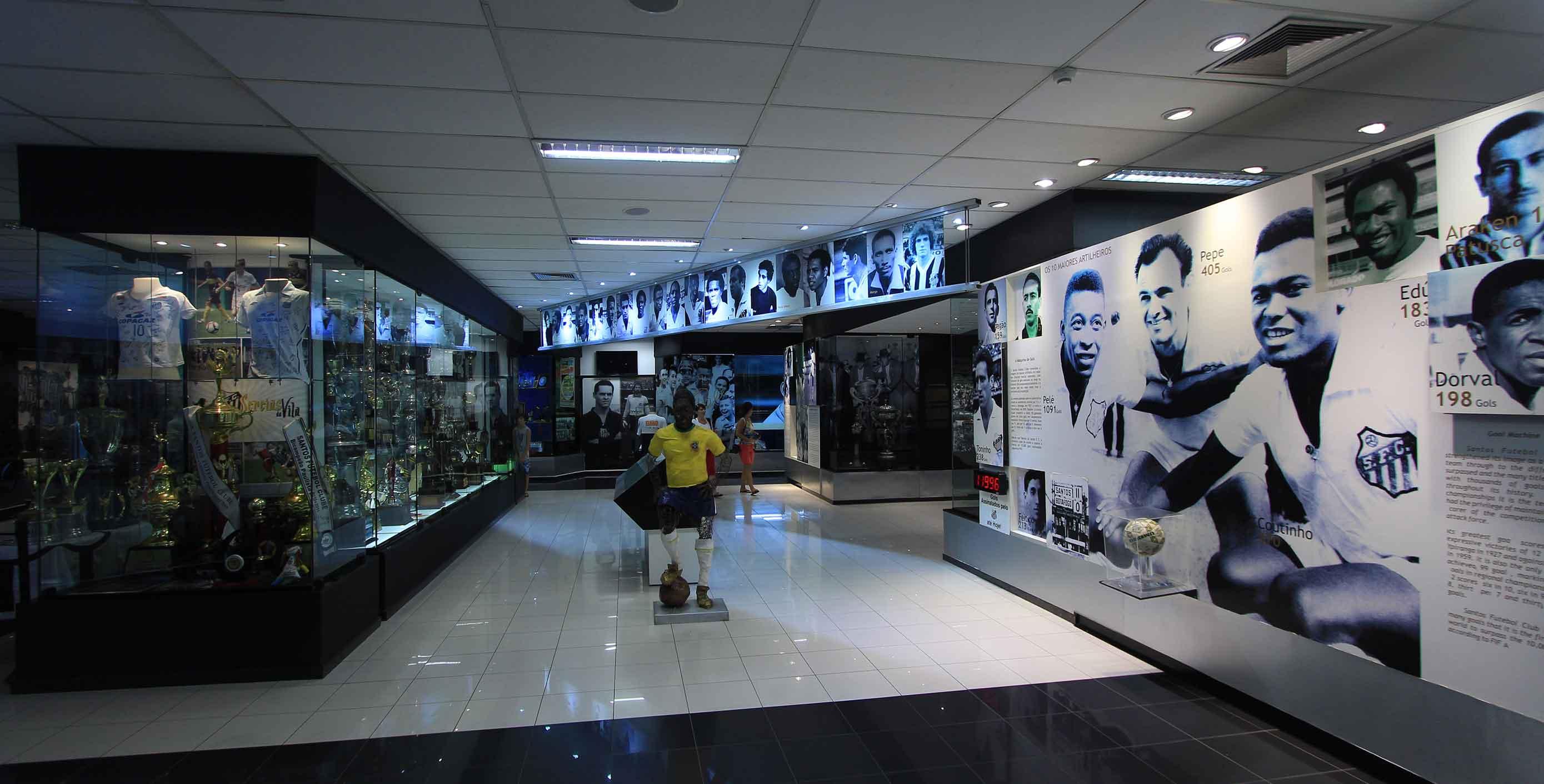 Memorial das Conquistas do Santos Futebol Clube na Vila Belmiro 3c3c54cce5794