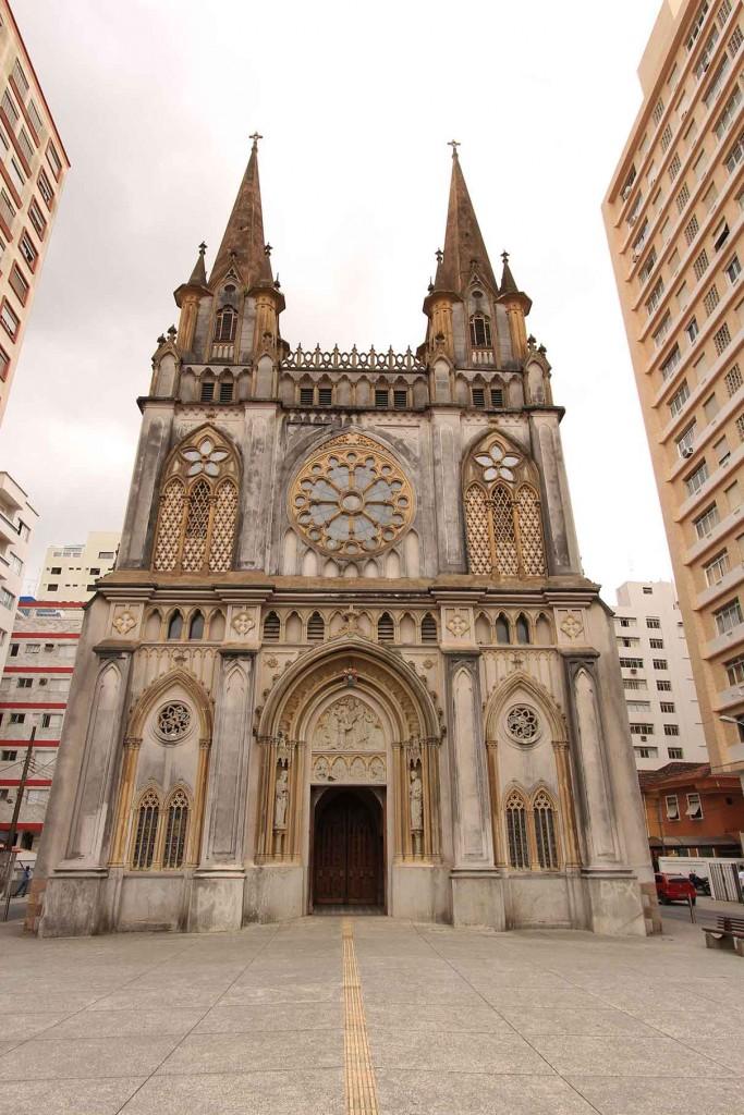 Santos-Turismo-Religioso-Basilica-Menor-do-Embare-bx