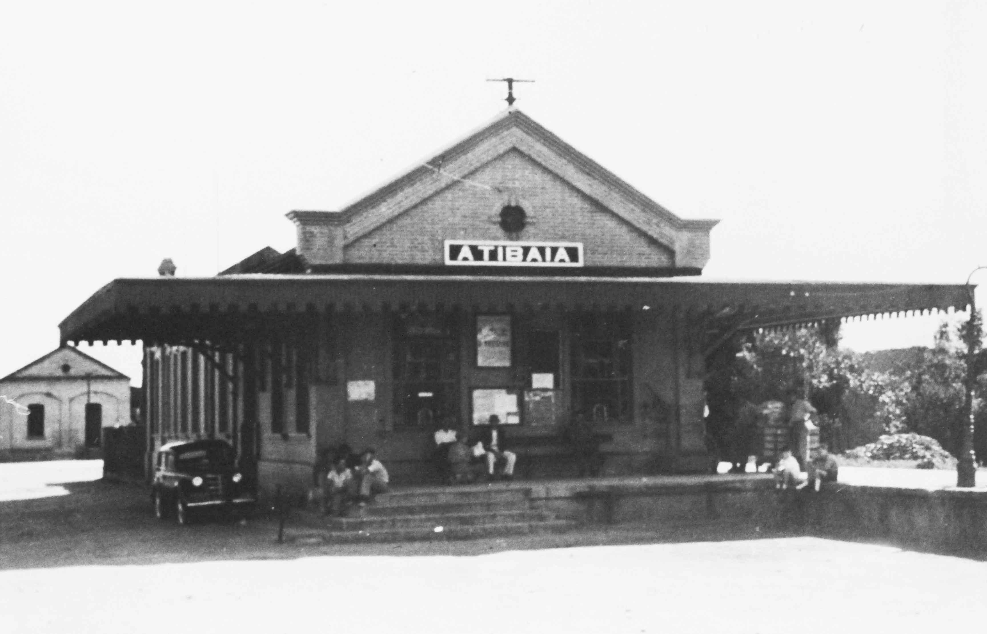Ferrovia Bragantina - estação Atibaia