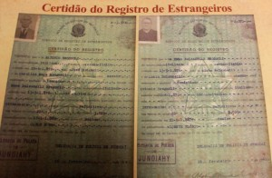 , Certidão de Estrangeiro de Emma Balzanelli Brognoli nascida em Verona desembarque em 1887 navio Vicente Flório e Antonio Brognoli de Verona desembarque 1889