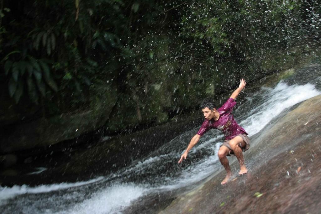 ilhabela-esportes-aqualoucos-cachoeira-da-toca-640-bx