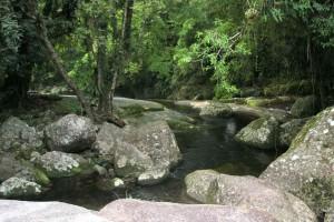 ilhabela-meio-ambiente-cachoeira-da-toca-719-bx