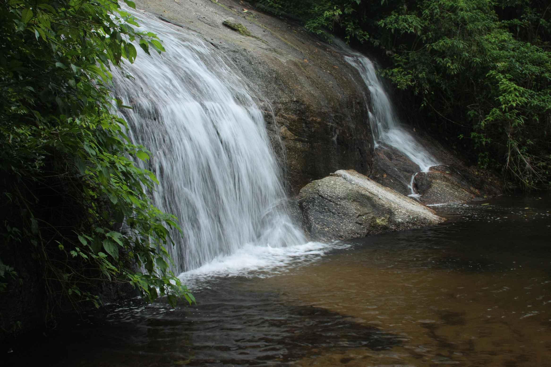 ilhabela-meio-ambiente-cachoeira-tres-tombos-852-bx