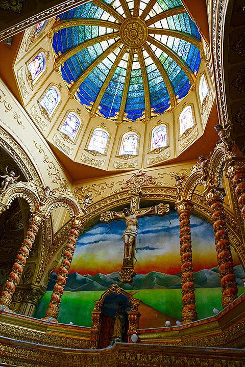 Igreja de São Sebastião-louveira-turismo-religioso-igreja-matriz-sao-sebastiao-ft-Ken-Chu-bx
