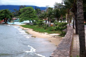 sao-sebastiao-meio-ambiente-praia-deserta-bx