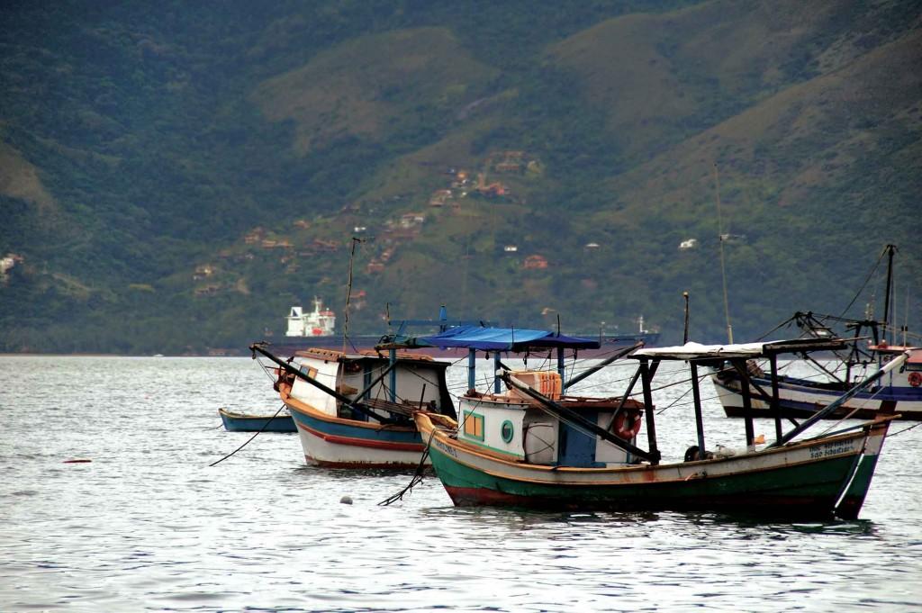 Pesca em São Sebastião-barcos-DSC_0092-bx