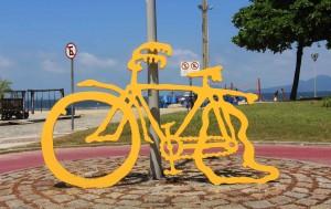 Ciclovia da Orla de Santos -turismo-obra-canal-6-ciclovia-o-pneu-furou-bx