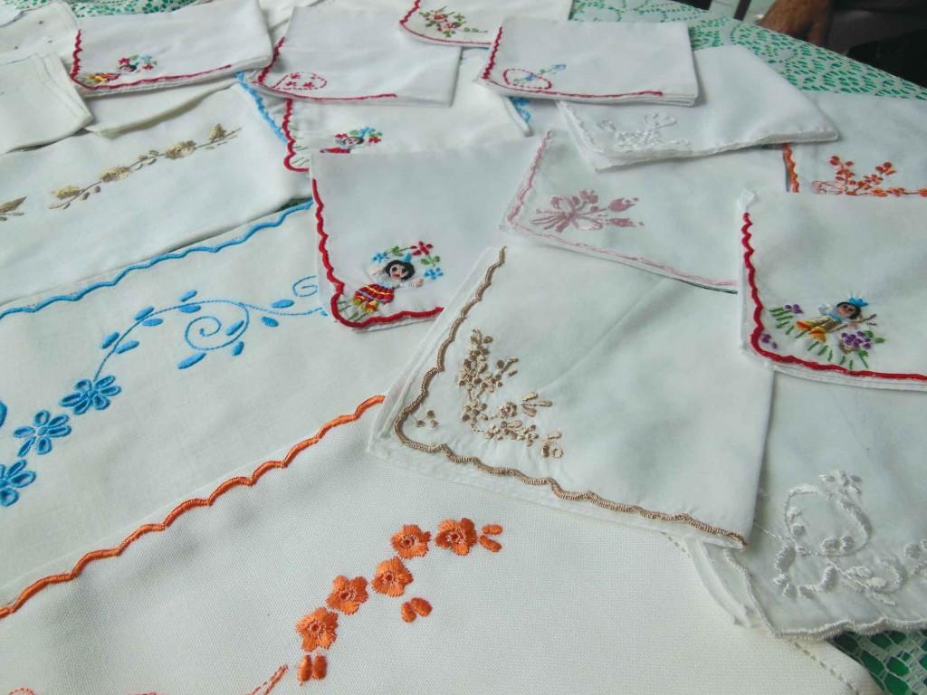 Bordadeiras do morro de São Bento-santos-artesanato-bordado-da-ilha-da-madeira-ft-nathalia-weber-2-bx