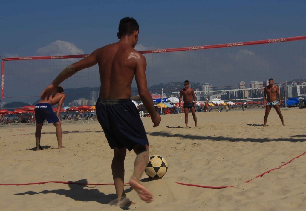 Esportes na areia de Santos-futevolei-bx
