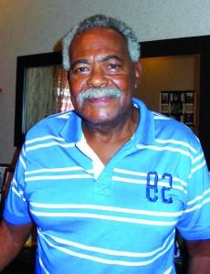 Coutinho é considerado o Gênio da Pequena Área, fez 380 gols em 457 jogos. Atribui toda a habilidade do Santos a amizade entre os jogadores e a brilhante coordenação do técnico Lula