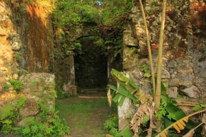 Guaruja-Ruinas-Igreja-Sto-Antonio-do-Guaibe-ft-Thiago-Alves-bx