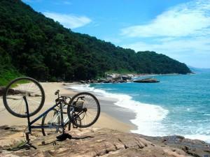 Cicloturismo na Rio-Santos-esporte-Ft-Rodrigo-Telles-Clube-Cicloturismo-2-bx