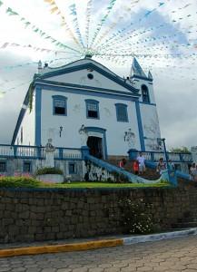 turismo-religioso-na-rio-santos - Igreja Matriz Nossa Senhora d'Ajuda - Ilhabela