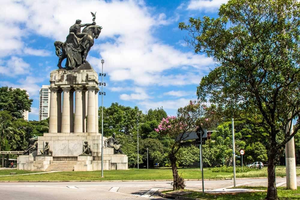 Monumento a Ramos de Azevedo - Galileo Emendabili