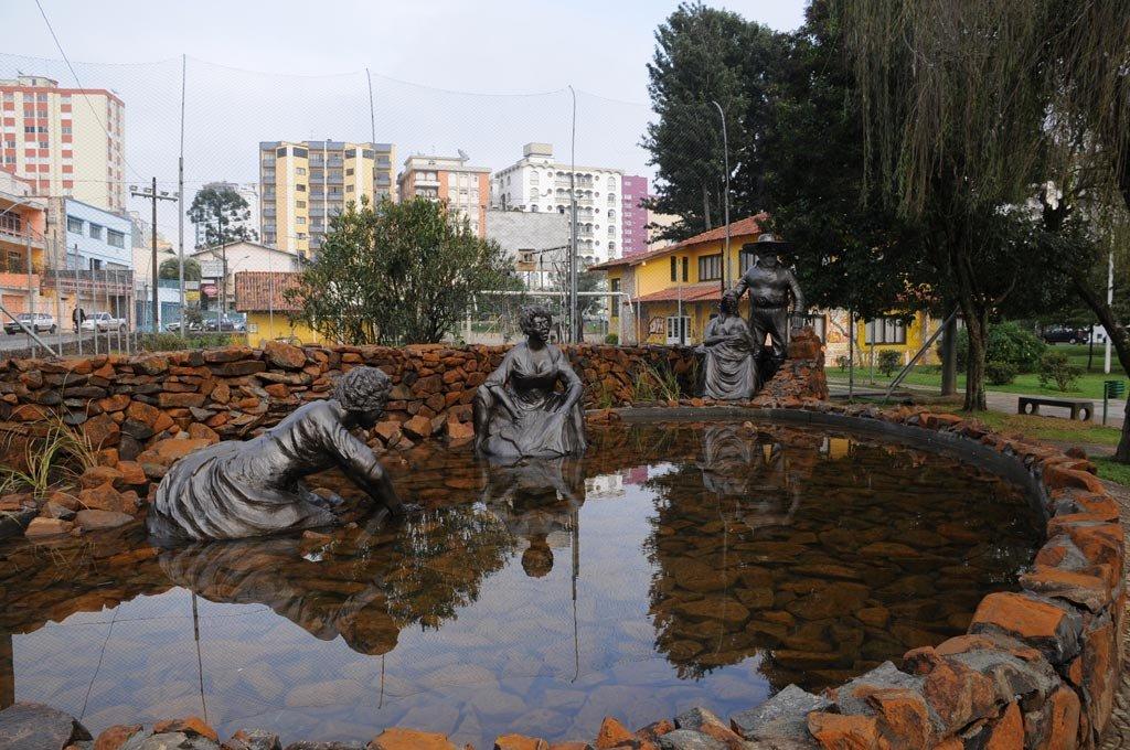 Monumento às Lavadeiras - Foto Toninho Vieira