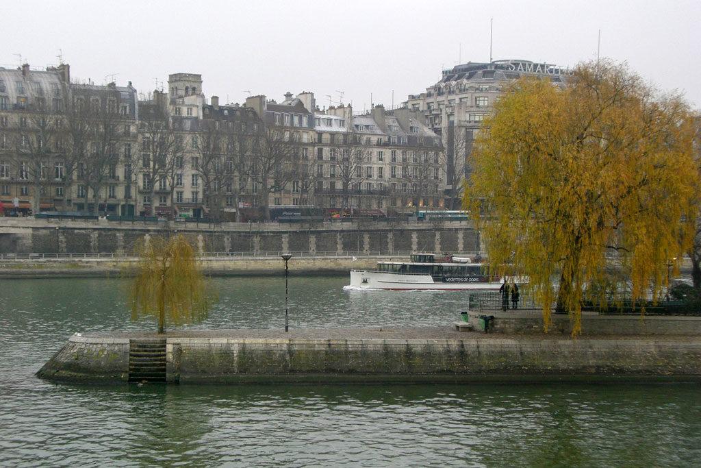 Roteiros Paris Lado B
